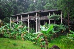 Longhouse em Bornéu Fotografia de Stock Royalty Free