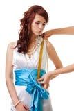 Longitud de medición de la cintura a llevar a hombros imagen de archivo libre de regalías