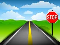 Longo caminho com sinal do batente Imagem de Stock