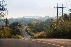 Longo caminho na montanha Imagem de Stock Royalty Free