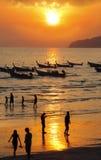 Longs bateaux suivis en Thaïlande Image stock