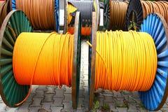longs fils électriques Images libres de droits
