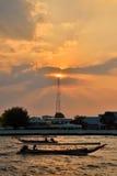 Longtail łódź w Chao Phraya rzece Fotografia Royalty Free