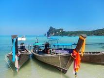 Longtail boats anchored at Ao Loh Dalum beach on Phi Phi Don Isl Royalty Free Stock Photography