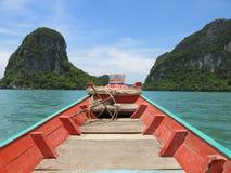 Longtail-Boot in Khanom, Thailand Lizenzfreies Stockfoto