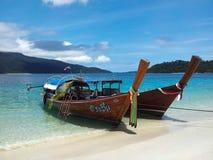 Longtail Boote Lizenzfreies Stockbild