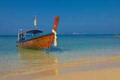 Longtail fartyg i Krabi Thailand Royaltyfria Bilder