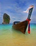 Longtail fartyg i Krabi, Thailand Arkivbild