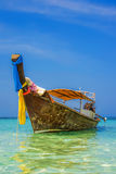Longtail fartyg i Krabi, Thailand Royaltyfri Bild