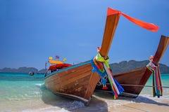 Longtail fartyg, Thailand Fotografering för Bildbyråer