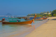 Longtailboten in Krabi Thailand Stock Afbeelding