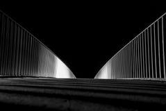 Longue courbe de passerelle d'exposition Photographie stock libre de droits