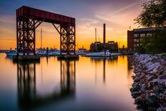 Longue exposition au coucher du soleil sur le bord de mer dans le canton, Baltimore, Images stock