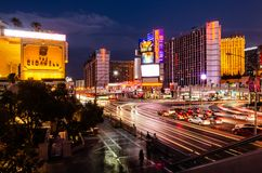 Longue exposition de la bande d'intersection/de route est de flamant à Las Vegas image stock