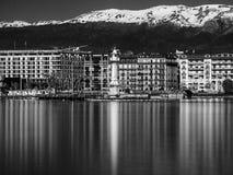 Longue exposition tirée du phare de Genève photographie stock