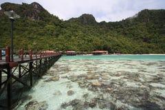 Longue jetée en île de semporna Photo libre de droits