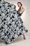 Longue robe à la mode de vol Photographie stock