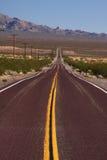 Longue route vers l'avant Photo libre de droits