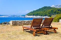 Longue sur la plage dans Dubrovnik, Croatie Photographie stock