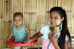 Longue tribu de cou en Thaïlande Images stock