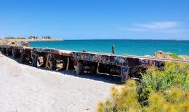 Longueur de brise-lames avec l'étiquetage : Fremantle, Australie occidentale Image stock