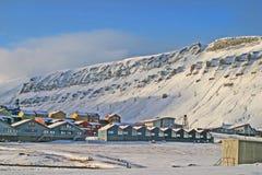 Longyear Stadt auf Svalbard. Stockfotos