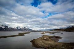 Longyearbyen, Advent Bay, isola delle Svalbard dell'arcipelago di Spitsbergen, Norvegia, mare di Groenlandia Fotografia Stock Libera da Diritti