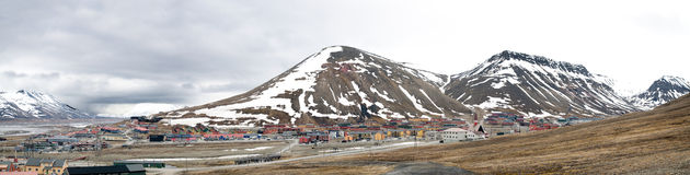 Longyearbyen panorama, Spitsbergen Royalty Free Stock Images