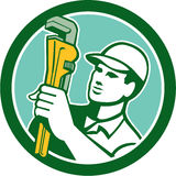 Loodgieter Retro Holding Wrench Circle Royalty-vrije Stock Foto
