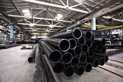Loodgieterswerkpijpen, de industrie, vervaardiging van pijpen Stock Foto