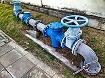 Loodgieterswerksystemen in overheidsgebouwen Stock Foto's