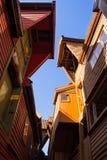 Lookin naar omhoog, Bryggen, Bergen, Noorwegen Royalty-vrije Stock Fotografie