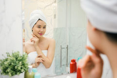Looking at the mirror Royalty Free Stock Photography