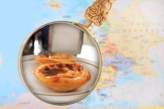 Looking in on Portuguese custard cakes Royalty Free Stock Images
