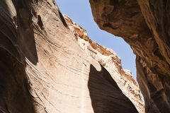 Looking to the sky in the Siq Stock Photos
