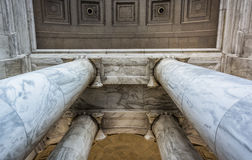 Looking up at columns at the Thomas Jefferson Memorial, Washingt Royalty Free Stock Images