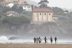 Looking for the wave. Entrando en la ola de mundaka Royalty Free Stock Image