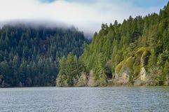 Loon jezioro - Wschodniego brzeg Rekreacyjny teren fotografia stock