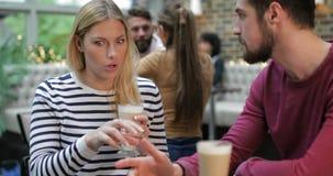 Loop Koffie de achterstand in stock footage