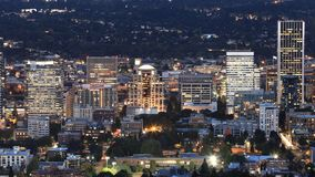 Looping day to night timelapse of Portland, United States 4K