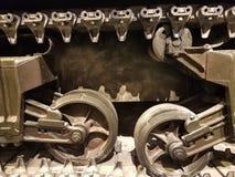 Loopvlakken van een oude tank royalty-vrije stock afbeelding