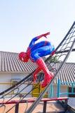Lopburi, Tailândia - 2 de janeiro de 2015: Modificação da esteira rolante de Web de Spider-Man Imagem de Stock