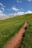 Lopend onder het Dolomiet, ITALIË Royalty-vrije Stock Afbeeldingen