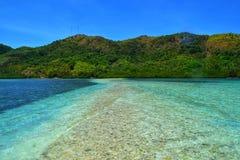 Lopend op Slangeiland, Filippijnen Royalty-vrije Stock Afbeelding