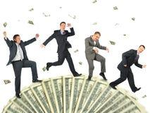 Lopende bedrijfsmensen op de collage van het dollarwiel royalty-vrije stock afbeelding