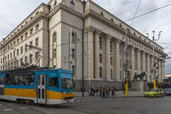 Lopende mensen op Boulevard Vitosha in stad van Sofia, Bulgarije Royalty-vrije Stock Foto