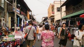 Lopende straat Stock Foto