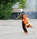 Lopende stuntman op brand Royalty-vrije Stock Afbeelding