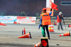 Lopp Marshall Hoist en röd flagga Royaltyfria Foton