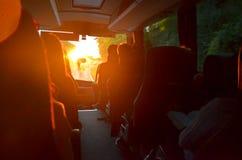 Lopp med Buss Arkivfoto